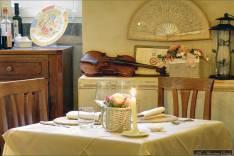 Osteria-del-Teatro-violino